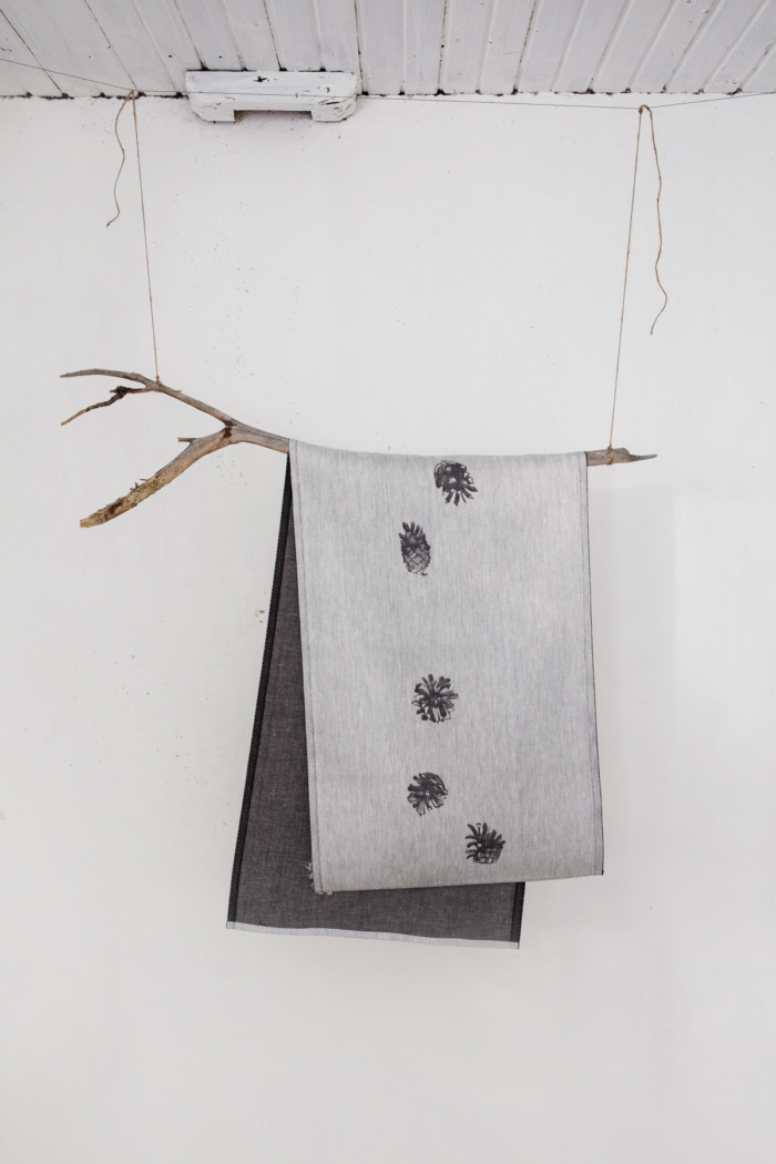 Hanging pine cone table runner